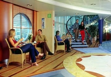 anek_superfast_hellenic_spirit_reception_area