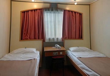 anek_superfast_kriti_ii_2_bed_cabin