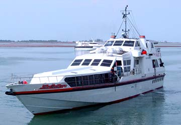 batam_fast_ferry_sea_raider_2