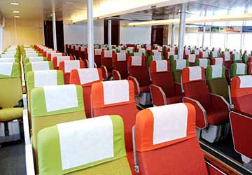 bintan_resort_ferries_wan_sendari_seating