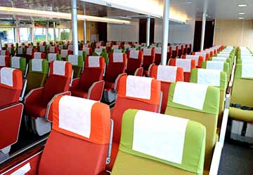 bintan_resort_ferries_wan_seri_beni_seating