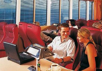 brittany_ferries_normandie_vitesse_commodore_seating