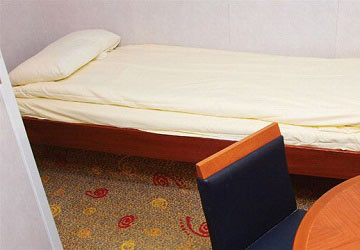 brittany_ferries_pont_aven_inside_2_bed_cabin