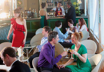 brittany_ferries_pont_aven_piano_bar