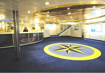 corsica_ferries_mega_express_five_reception