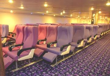 corsica_ferries_mega_express_five_seating