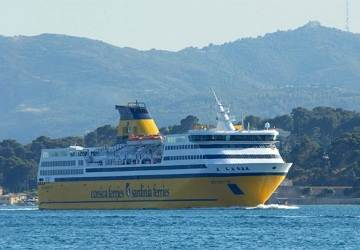 corsica_ferries_mega_express_two