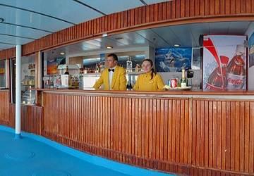 corsica_ferries_mega_express_two_pool_bar