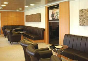 cyclades_fast_ferries_theologos_p_seating_with_tv