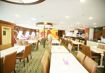 dbs_cruise_ferry_eastern_dream_restaurant