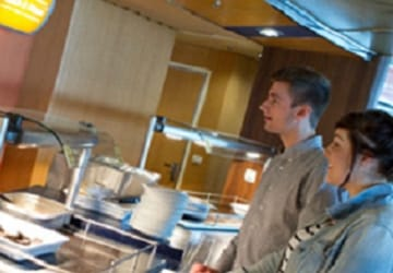 dfds_seaways_d_class_self_service_restaurant_2