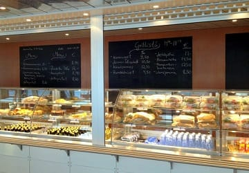 eckeroe_line_finlandia_restaurant_counter