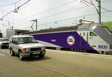 eurotunnel_le_shuttle_unloading