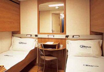 grimaldi_lines_catania_4_bed_cabin