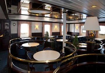 grimaldi_lines_euroferry_olympia_restaurant