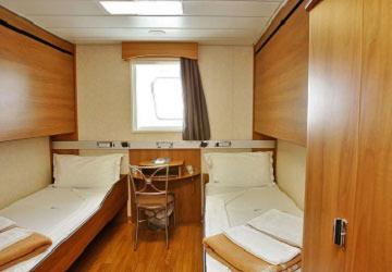 grimaldi_lines_florencia_4_bed_cabin