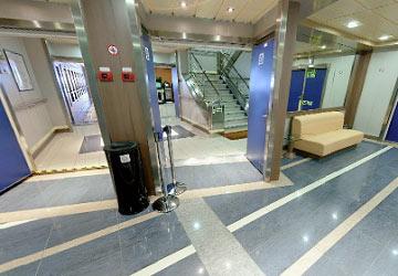 grimaldi_lines_sorrento_lobby_entrance