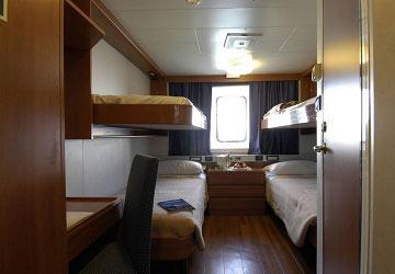 grimaldi_lines_zeus_palace_4_bed_cabin