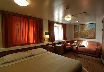 grimaldi_lines_zeus_palace_double_bed_cabin
