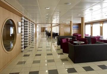 hellenic_seaways_ariadne_hallway