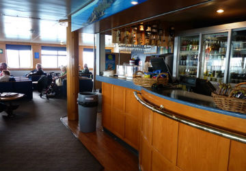 interislander_aratere_bar