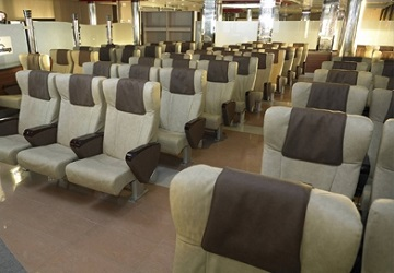 ld_lines_norman_voyager_seating