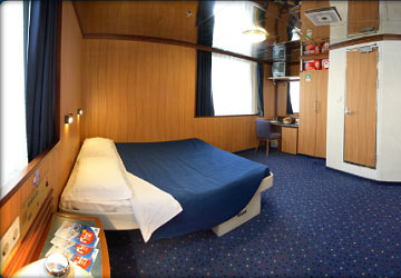 moby_lines_moby_wonder_suite_cabin