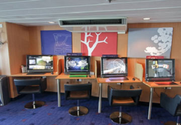 stena_line_stena_baltica_touch_screen_computers_stena_plus_lounge