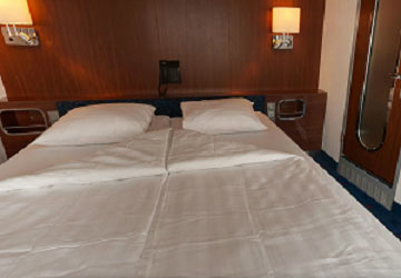 stena_line_stena_hollandica_2-bed_captin_suite_cabin
