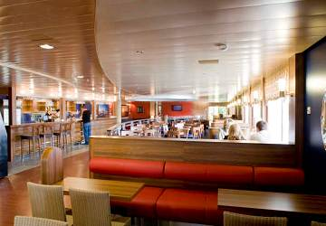 tallink_silja_baltic_princess_sailors_pub