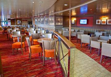tallink_silja_baltic_queen_sevilla_bar
