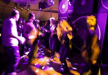 tallink_silja_silja_serenade_nightclub
