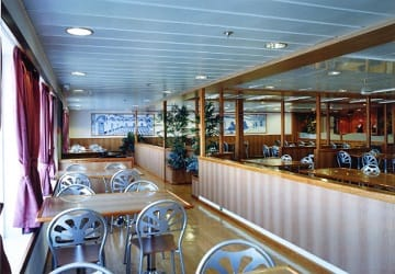 trasmediterranea_murillo_cafe_seating