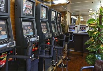 ventouris_ferries_bari_games_room