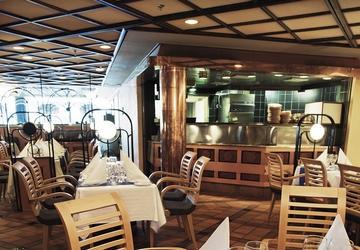 viking_line_cinderella_restaurant